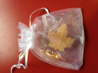 Maple Candy in Organza Bags